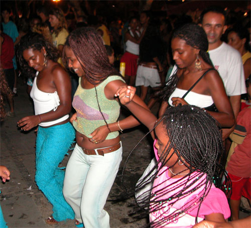 Brazilians dancing